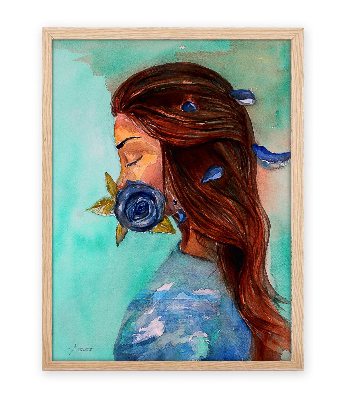 women with blue rose encadré